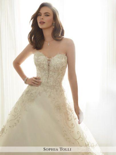y11709_c-wedding-dresses-2017-510x680